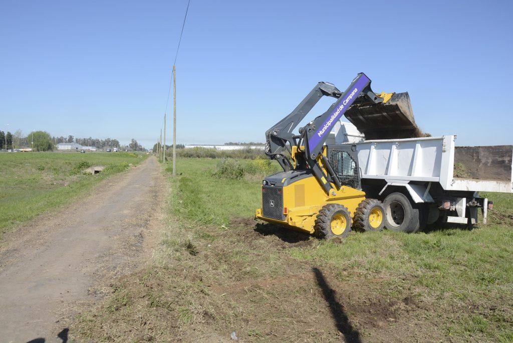 Limpian la bicisenda Camino de la Producción y el Trabajo