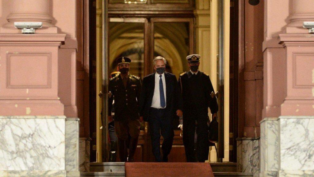 """Alberto Fernández : """"Voy a ordenar el gabinete y terminar con esta discusión"""""""