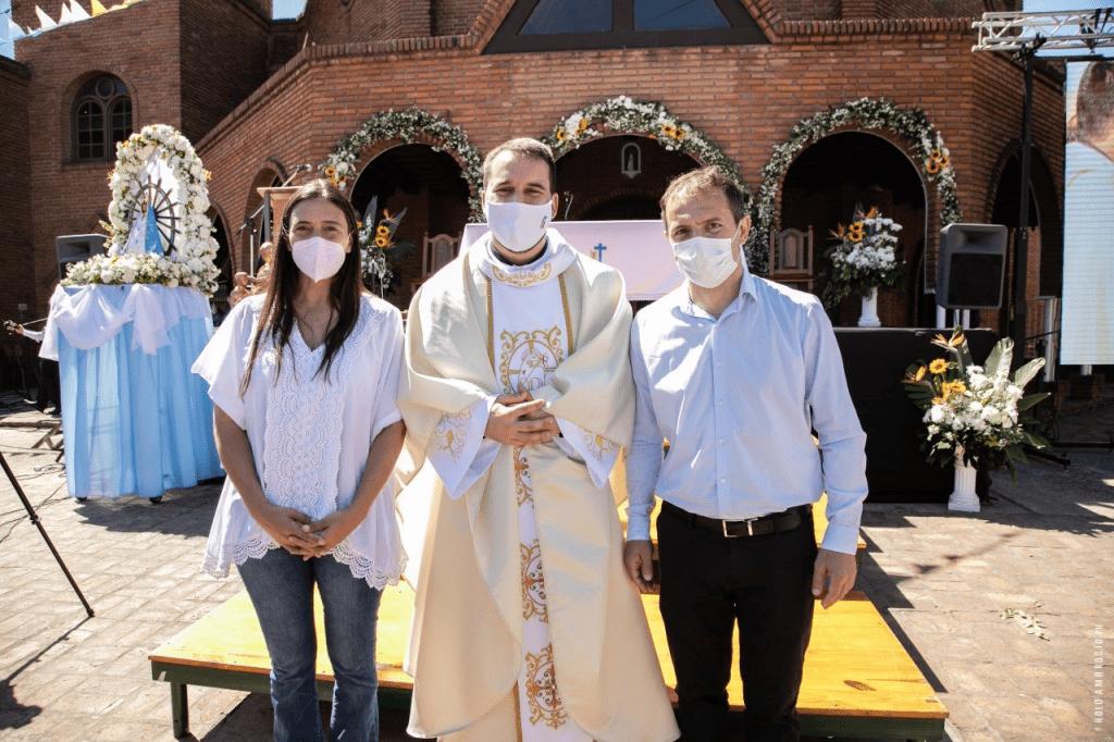 El Intendente y Elisa Abella acompañaron la ordenación de un nuevo Sacerdote