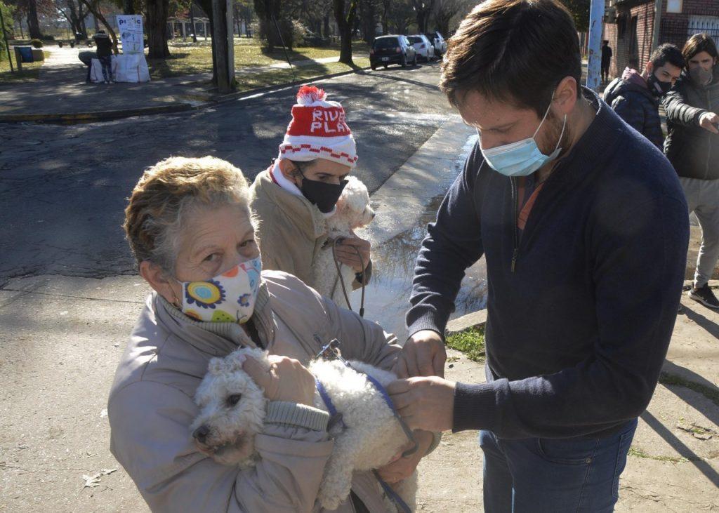La campaña de vacunación antirrábica llega mañana a la plaza Eduardo Costa